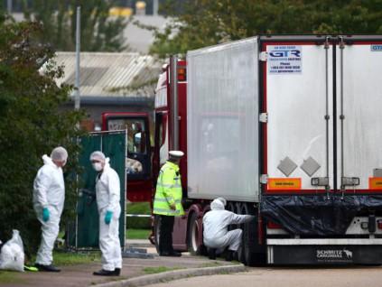 英国警方:集装箱藏尸案遇难者相信都是越南人