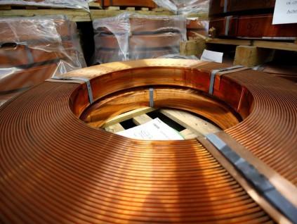 铜冶炼厂同意较低的2020年加工费 行业基准降至九年低点