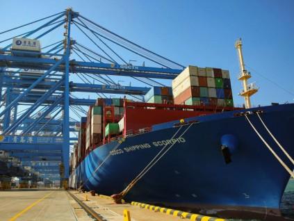中国海关总署:前11月外贸进出口同比增2.4% 与美贸易同比降11.1%