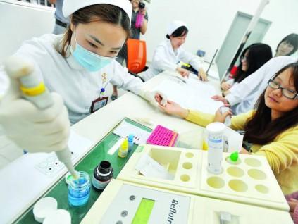 斯坦福大学新研究发现可通过验血测年龄