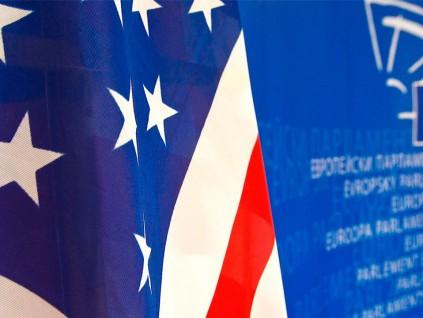 """欧盟官员:特朗普""""美国优先""""政策伤害欧盟软实力"""