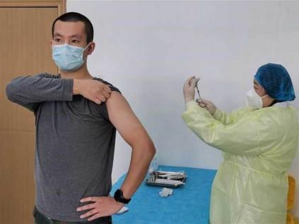 「用疫苗控制疫情可能性不大」 疫苗专家:还是要靠自己
