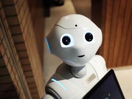 京东物流与格力宣布合作 共同研发防疫机器人