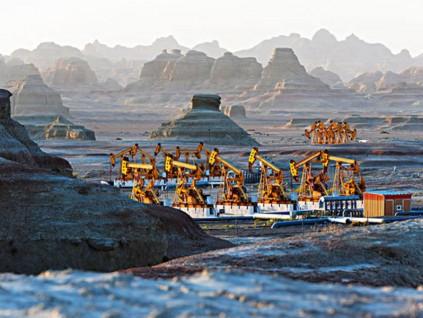 新疆油田刷新亞洲紀錄 完鑽井深8725米