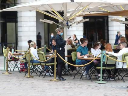 英国推出新政策扶持餐饮业 每消费20英镑可打5折