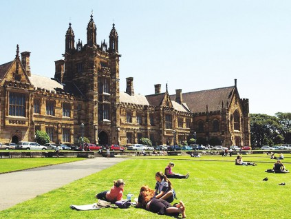 留学生减少 澳洲大学现裁员潮 又两校宣布各裁逾200人