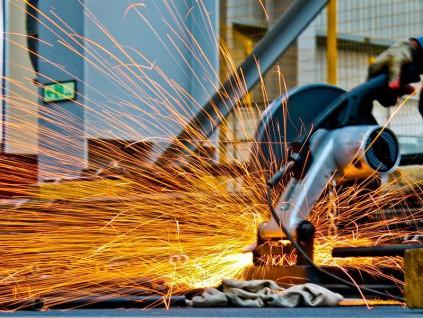 中钢协:经济快速复苏带动钢铁需求显著增长