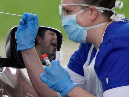 英国研究发现 新冠患者免疫反应 会随时间推移而降低