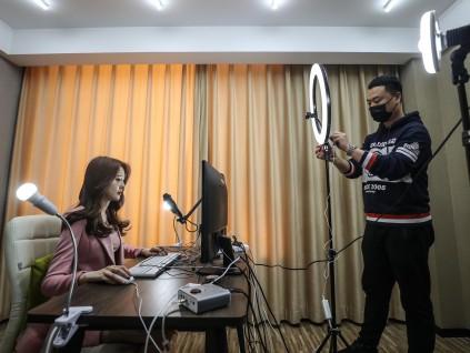 中国式直播带货行不通 日本摸索新流