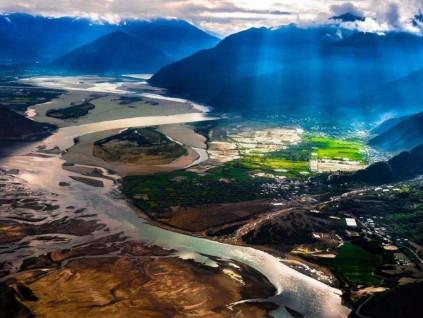 中国拟在雅鲁藏布江实施水电开发 规模相当于再造3个三峡