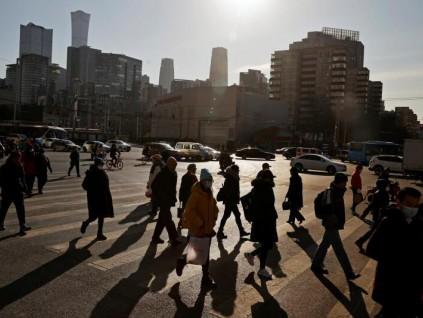 中国构建超大规模国内市场有三大条件 须解决贫富差距