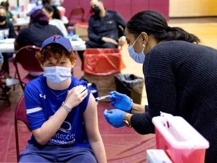 打BNT与莫德纳疫苗后出现罕见心脏疾病 美CDC调查近800例