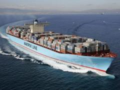 中国集装箱一舱难求 出口企业发货难