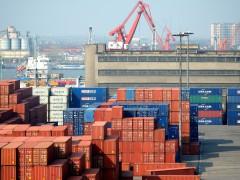 集装箱一舱难求 上海运到鹿特丹运费年增近6倍