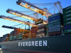 暴涨五倍 中美海运费超2万美元