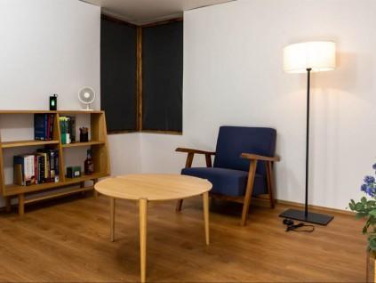 美日科学家设计出笔电与手机都可自行充电的房间
